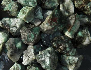 Emerald, Brazil, Columbia, tumbling rock, rough, stones, gemstones, crystals, lapidary